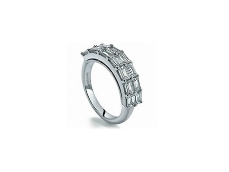 18ct white Gold. Baguette Diamonds 2.58cts